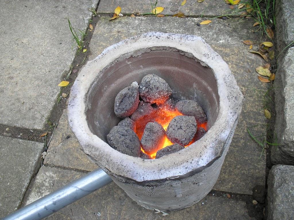 Building the flowerpot furnace