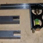 Knurling tool slots