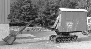 An early Priestman excavator owned by Adrian Patterson of Vintage Excavator Trust from tractors.wikia.com