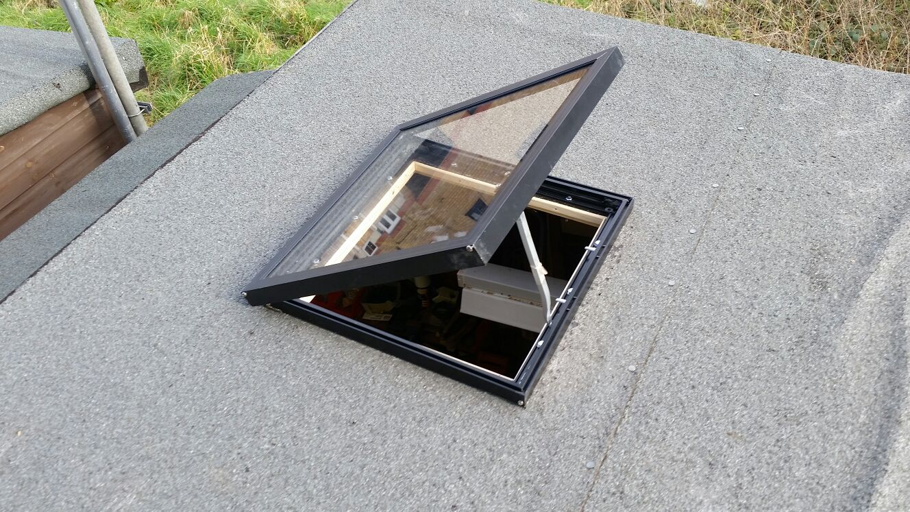 Fitting The Shed Skylight Workshopshed